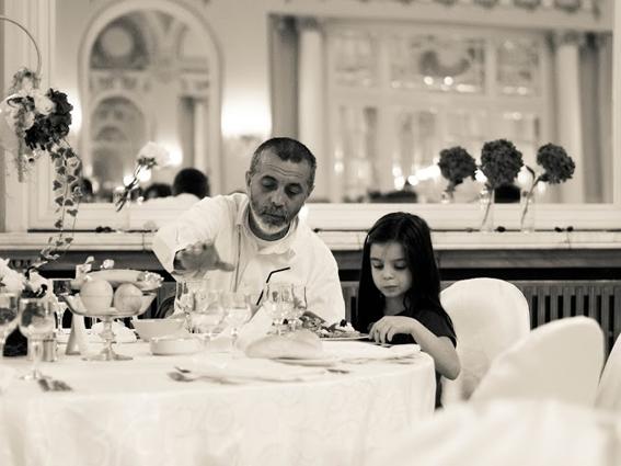 YaU evenimente 2012 - retro chic - nunta la casino sinaia sala oglinzilor (37)