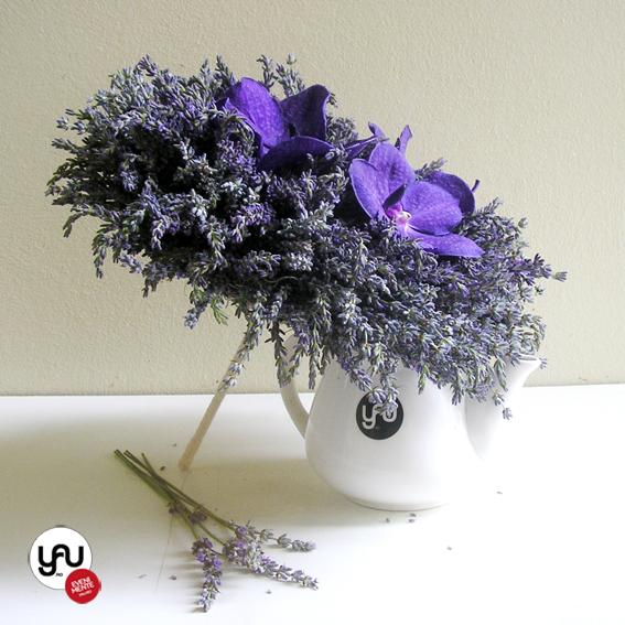 yau evenimente+yau flori_buchet de nunta cu lavanda si orhidee
