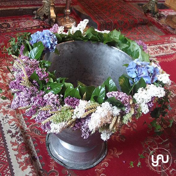 yau concept_yau flowers_yau events_ghirlanda pentru cristelnita \ botez cu liliac