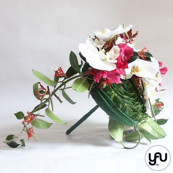 codrul-cu-flori-albe-bujori-mathiola-orhidee-_-yau-evenimente-2016-_-nunta-la-zexe-_-elenatoader-13