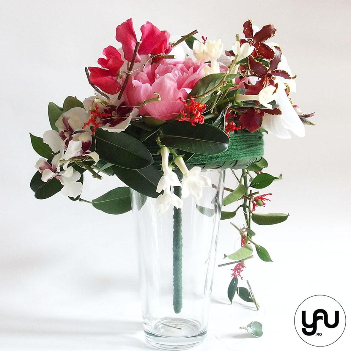 codrul-cu-flori-albe-bujori-mathiola-orhidee-_-yau-evenimente-2016-_-nunta-la-zexe-_-elenatoader-23