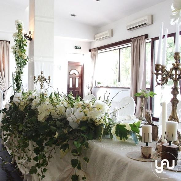 codrul-cu-flori-albe-bujori-mathiola-orhidee-_-yau-evenimente-2016-_-nunta-la-zexe-_-elenatoader-33