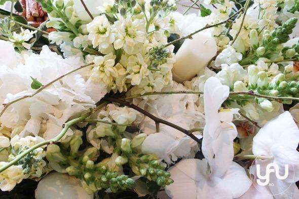 codrul-cu-flori-albe-bujori-mathiola-orhidee-_-yau-evenimente-2016-_-nunta-la-zexe-_-elenatoader-4