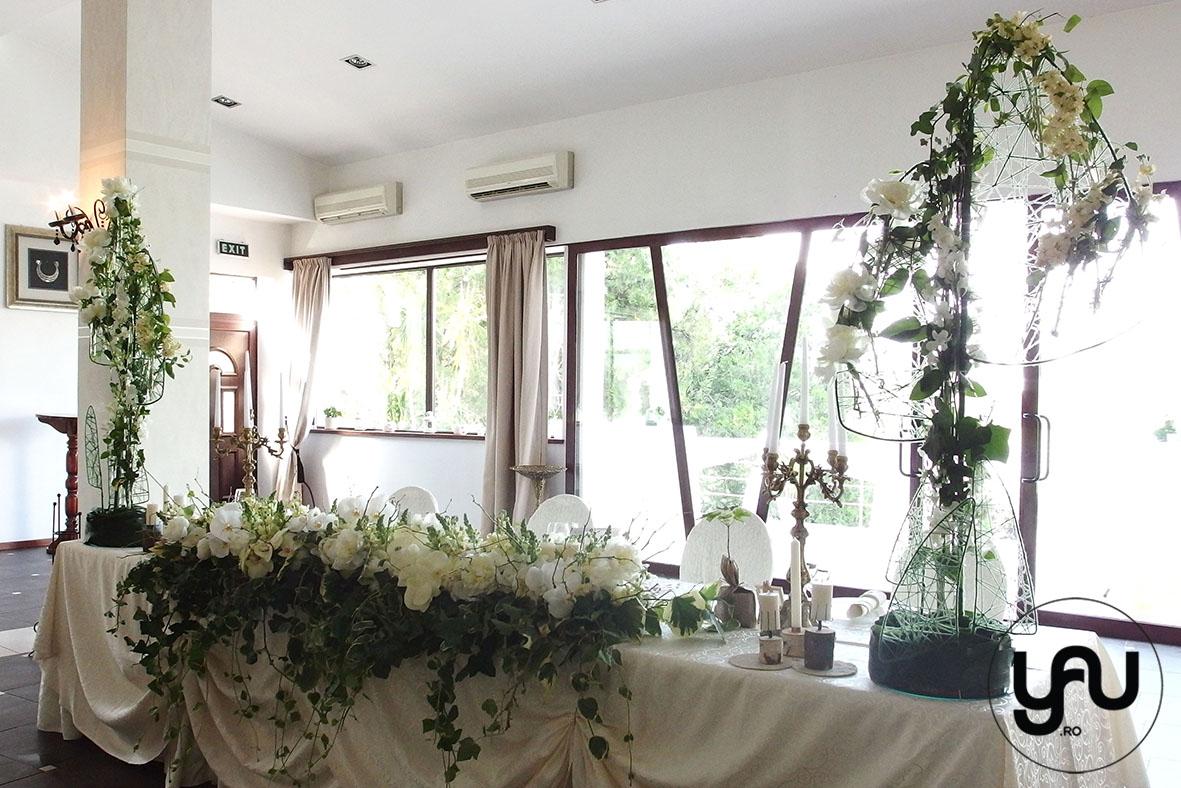 codrul-cu-flori-albe-bujori-mathiola-orhidee-_-yau-evenimente-2016-_-nunta-la-zexe-_-elenatoader-7