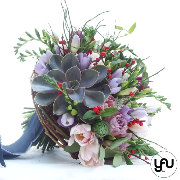 nunta-si-botez-cu-flori-albe-linie-punct-_-yau-events-2016-_-hotel-intercontinental-_-elenatoader-30