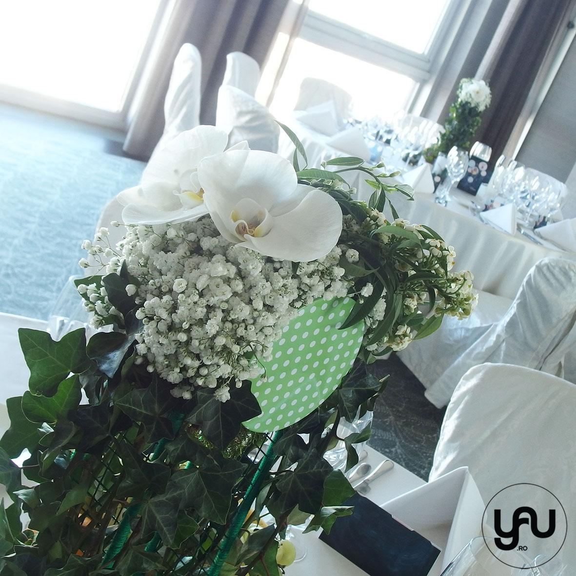 nunta-si-botez-cu-flori-albe-linie-punct-_-yau-events-2016-_-hotel-intercontinental-_-elenatoader-4