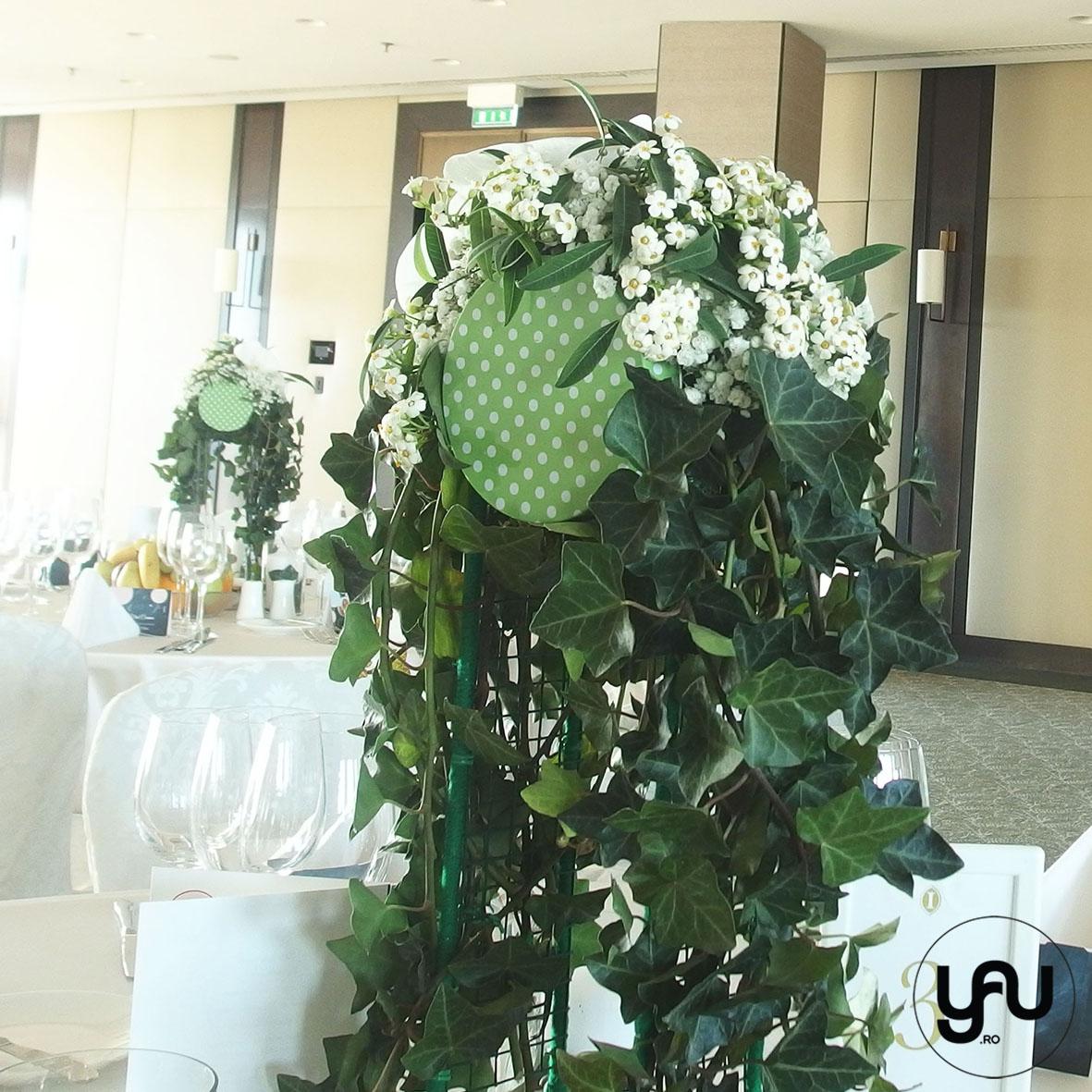 nunta-si-botez-cu-flori-albe-linie-punct-_-yau-events-2016-_-hotel-intercontinental-_-elenatoader-8